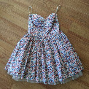 Dresses & Skirts - Ditsy floral strapless corset-style dress